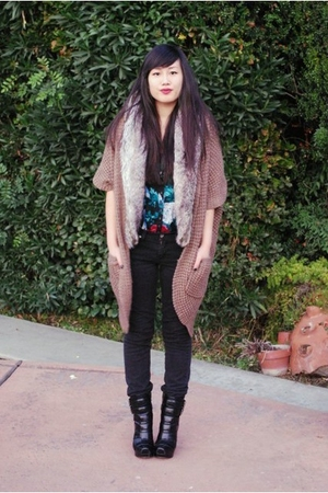Kimchi Blue dress - gray Forever 21 vest - brown Forever 21 cardigan - black Lev