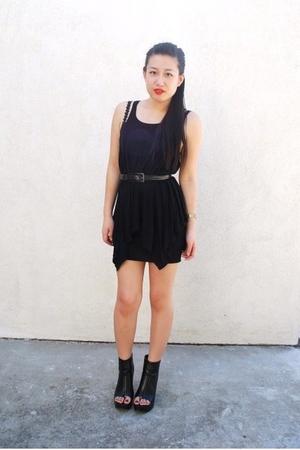 maj top - H&M skirt - armani belt - forever 21 boots