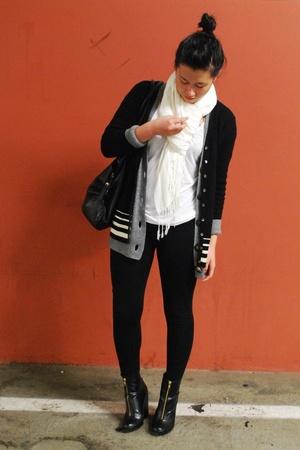 white H&M shirt - white fringe H&M scarf - gray abercrombie & fitch - black H&M