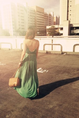 turquoise blue braided maxi dress - bronze boxy chain bag