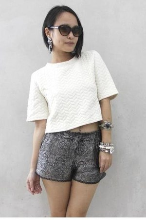 white Katiez Accessories earrings - gray DIY shorts - off white Choies top