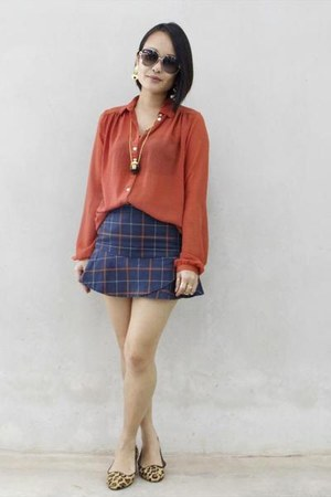 navy Mango MNG skirt - burnt orange Atmosphere blouse