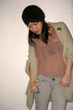 heather gray River Island jeans - black asos hat - beige asos cardigan - nude Pr