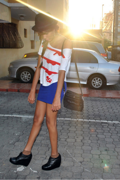 Forever 21 skirt - Forever 21 hat - Zara t-shirt - Forever 21 wedges