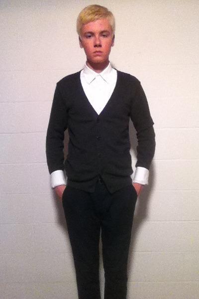 white Gap shirt - navy Gap pants - dark gray American Eagle cardigan