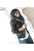 Simons jacket - American Apparel scarf - H&M top - American Eagle jeans - H&M br
