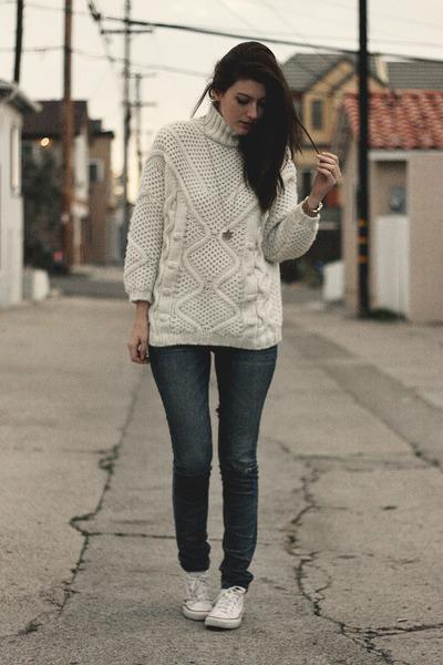 ivory Zara sweater - blue kasil jeans - white Converse sneakers