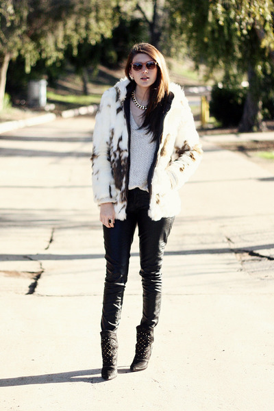 white faux fur asos coat - black Zara shoes - off white free people sweater