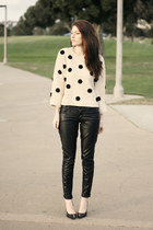 beige closet sweater - black Target pants
