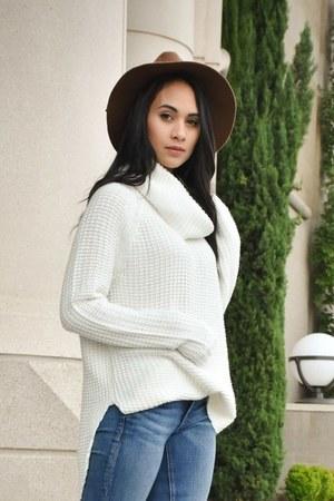 white Target sweater - blue rag & bone jeans - brown brixton hat