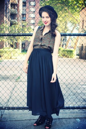 donna karan top - vintage skirt - Urban Outfitters shoes