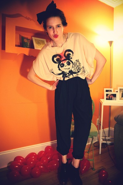 H&M t-shirt - vintage pants - H&M accessories - H&M necklace - Jcrew for LF shoe