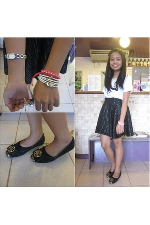 black Parisian flats - white Simple Joys bracelet - hot pink Catena bracelet