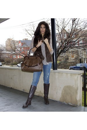 trevi gm Louis Vuitton purse - brown leather Guess boots