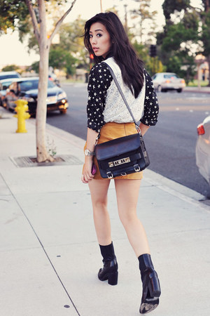 gold suede mini Forever 21 skirt - black Theyskens Theory boots