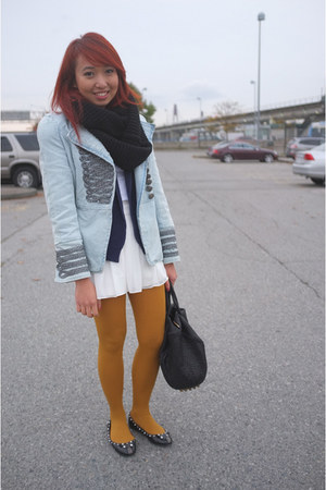 mustard Target stockings - light blue denim Queens Wardrobe blazer