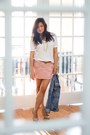 Light-pink-ruched-mini-wetseal-skirt-white-boyfriend-mossimo-t-shirt