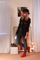 prairies de paris boots - Zara jeans - H&M hat - The Kooples blazer - Marc Jacob