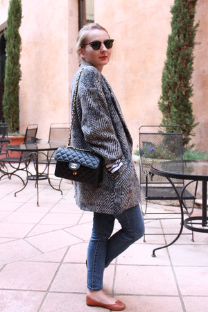 Zara jeans - SANDRO jacket - Chanel bag - Repetto flats - Ray Ban glasses