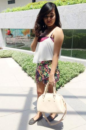 Secosana bag - Stiles Clothing shorts - Solemate flats - Stiles Clothing top