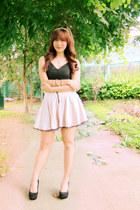 black printed Kamiseta top - peach lace Zara skirt