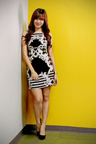 black printed apartment 8 dress - black velvet Charles & Keith heels