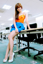 carrot orange ruffled Bayo top - blue peplum apartment 8 skirt