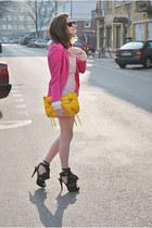 black shoesone heels - hot pink cotton Zara blazer - neutral pull&bear blouse