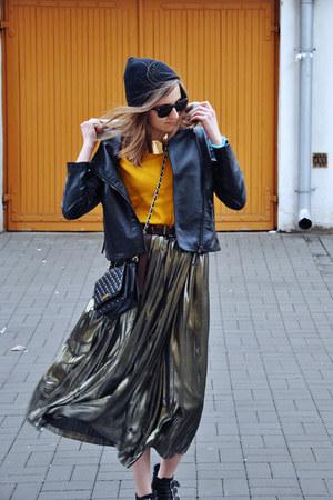 light brown metallic unknown brand skirt - black cotton H&M hat