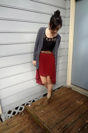 crimson waterfall Forever 21 skirt - camel sonoma boots