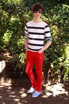 red H&M pants - blue Urban Outfitters shoes - blue H&M top - black H&M glasses