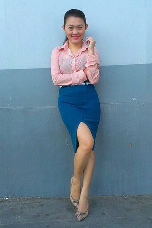 navy cut-out skirt - light pink top