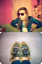 Forever21 shirt - Forever21 glasses - foever21 shirt - delias jeans - Minnetonka