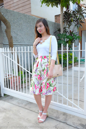 white cotton on top - bubble gum Lets Stylize skirt