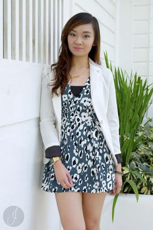 white Blazersinc blazer - teal Zara bodysuit