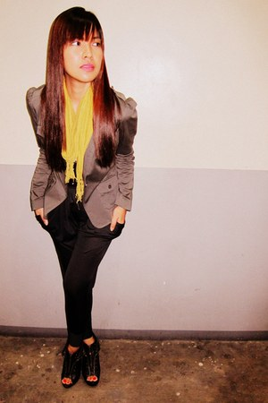 H&M blazer - yellow thrifted vintage scarf - bazaar find pants - studded Glitter