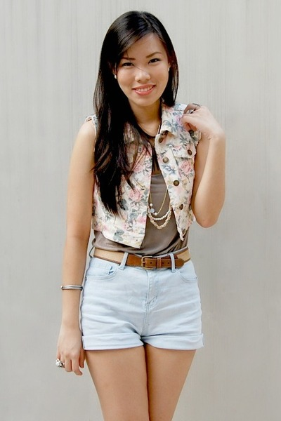 Pink Forever 21 Vests, Sky Blue High Waisted Cotton On Shorts ...