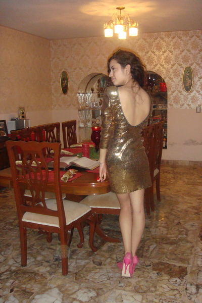Please Suggest a Shoe To Go w/this BM Dress - Weddingbee