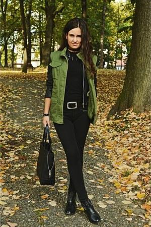 army green pull&bear vest - black Bershka boots - black c&a bag