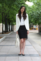 white tuxedo H&amp;M blazer - off white Michael Kors bag