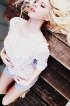 lace sweater - shorts - bow necklace American Eagle necklace