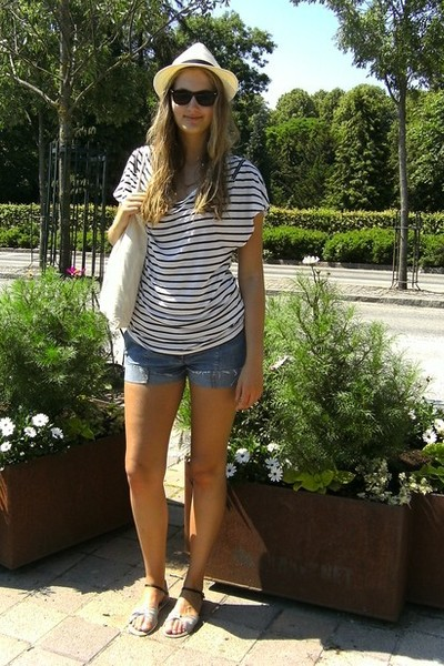 Gina hat - hm t-shirt -  shorts - denmark accessories - lindex glasses - hm shoe