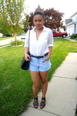 black Thrift Store bag - light blue diy Levis shorts - black Urban Outfitters sa