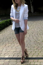blazer - t-shirt - shorts - shoes