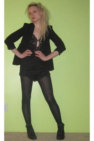 vintage suit - vintage blazer - tights - vintage boots