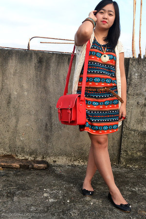 carrot orange tribal Forever 21 dress - red Impulse Co bag