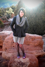 Gray-gap-scarf-gray-billabong-coat-gray-target-skirt-black-forever-21-tigh