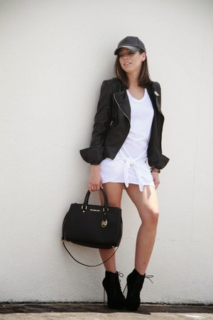 black Jeffrey Campbell shoes - white tank dress dress - black Zara hat