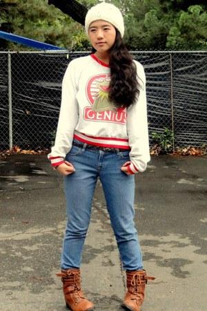 tawny boots - sky blue denim jeans - eggshell jumper