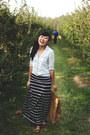 Light-blue-chambray-gap-shirt-navy-striped-maxi-for-elyse-skirt
